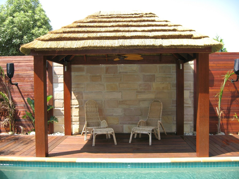 African Hut with 200mm posts