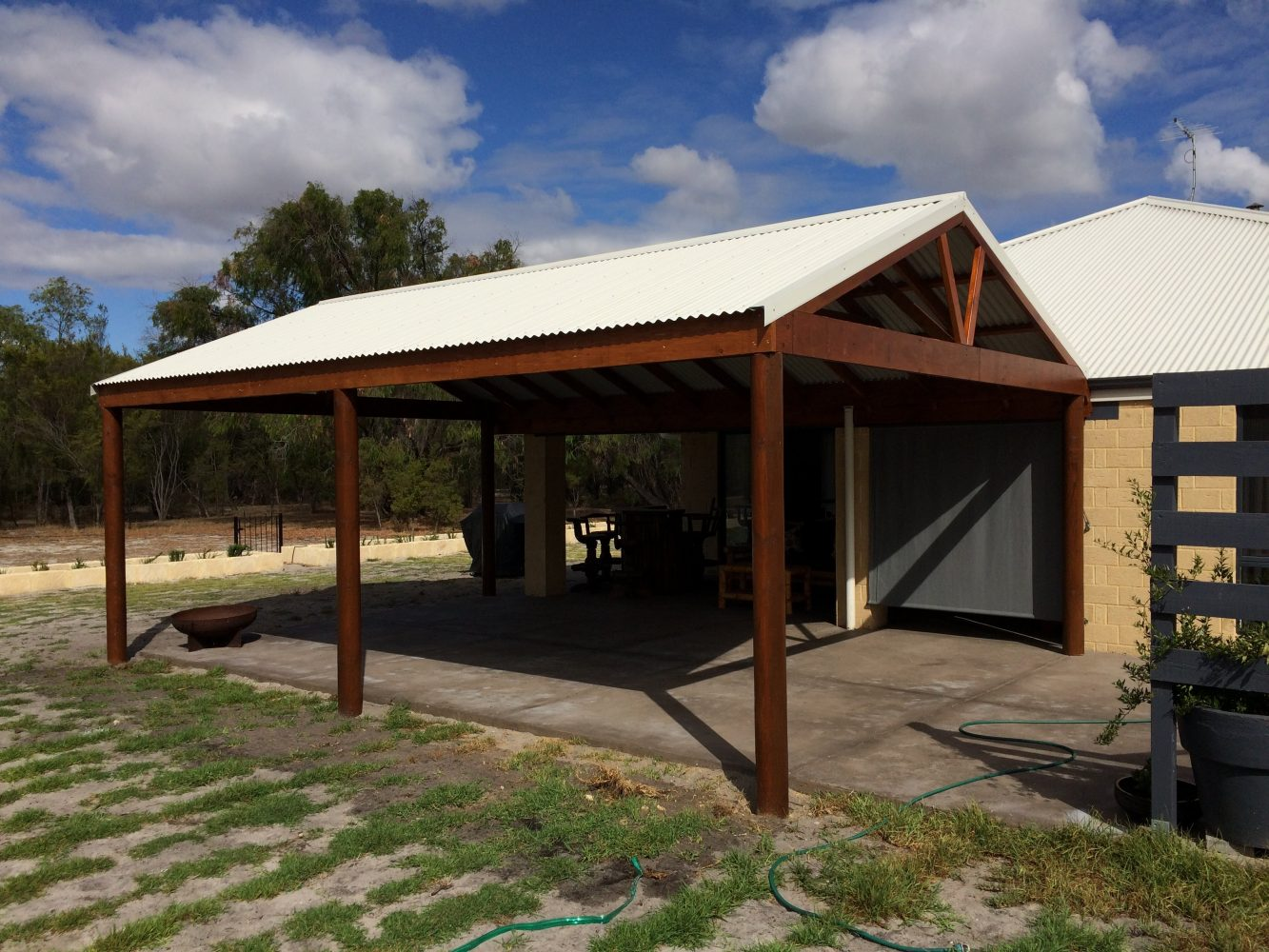 Tropical Timber Patios Huts Amp Decks Wa Perth Diy Or