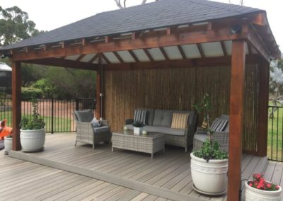 Shingle Roof with Bamboo Screen and Newtechwood Deck