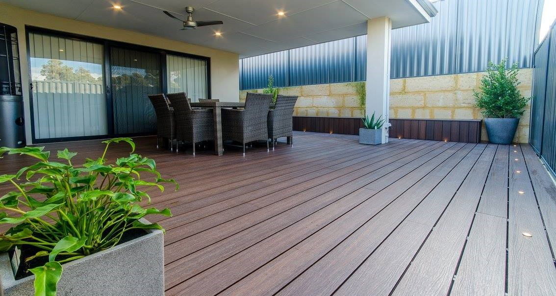 Synthetic eco decking