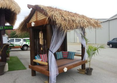 Bali Thatch Day Bed Gable